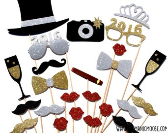 New Years Eve Photo Booth Props DELUXE SET - Silver and Gold - New Years Party Props - set of 24 - GLITTER photo props - You Choose Year!