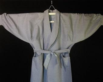 Vintage NOS Women's Japanese Heavy Cotton Robe House Coat - Gray w/ Textured Jacquard Blue / White Squares.