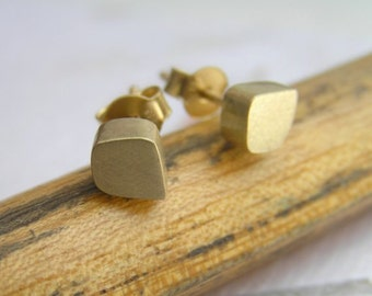 14k Gold Cubes Stud Earrings - Solid Gold - Freeform Cube Post Earrings