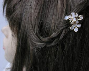 Bridal hair comb.  Bridal hair accessories. Hair comb. Flower hair comb. Hair accessories for women.Valentines day gift.