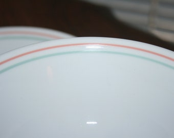 Vintage Corelle Corning Peach Floral Pattern Set of Four 4 Cereal Soup Bowls White Peach Green