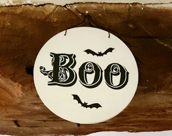 BOO Halloween Wooden Painted Hanging Sign Halloween Party Decoration Bats