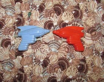 Vintage 1960's Hard Plastic SPACE Water GUN Atomic Toys