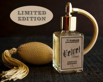 Velvet Tonic ™ - Vanilla Bouquet - Madagascar Plumeria Clementine Heliotrope Sandalwood - Atomizer Bottle -1 oz