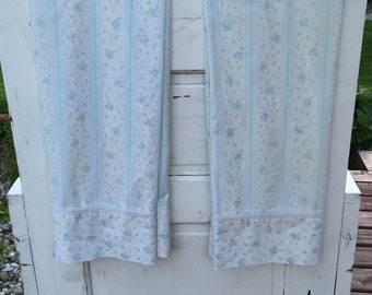 Vintage, Floral, retro, pillowcases with blue flowers, lace trim, bedding, matching, flowers, floral pillowcase, pair, standard, stripes