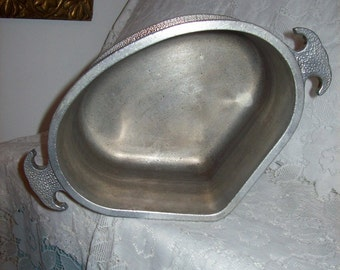 "Vintage Guardian Service Ware 9"" Heart Triangle Aluminum Pot Pan Casserole Dish Only 5 USD"