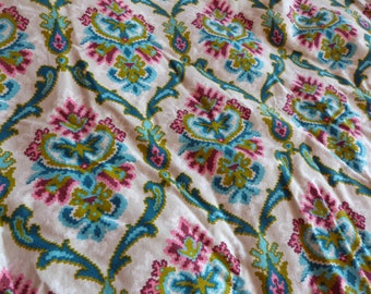 Antique French eiderdown feather down paisley quilt bedspread comforter coverlet throw bed spread, vintage bed linens, country cottage chic
