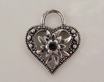 27mm Heart Shaped Charm, Heart Shaped Pendant, Findings, Heart Silver Toned (Holds ss16 Rhinestone) 5 Count, (Y26)
