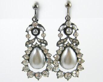 Silver Pearl Clip on Earrings, Gray Pearl Clip Earrings, Clear Rhinestone Clip Earrings, Dressy Long Drop Screw Back Earrings |EC2-26