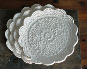Lace Plate set of 4 ceramic dishes