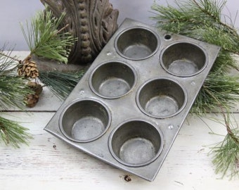 Vintage Metal Muffin Tin, Six Cup Muffin Cupcake Pan Baking Pan Country Chic Primitive Decor Altered Art Supply