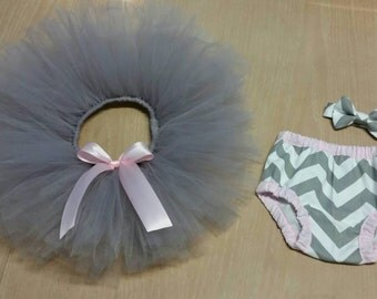 Boy and girl twins gray and pink cake smash outfit, twin boy and girl first birthday outfits, gray and light pink diaper cover tie and tutu