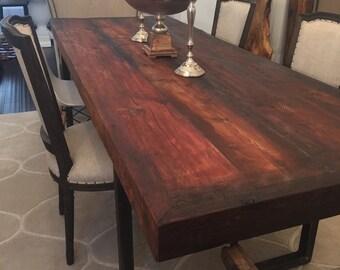 Rustic reclaimed cedar dinning table