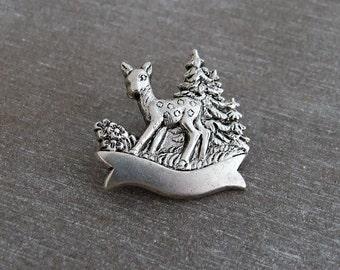 Deer Brooch .. silver deer brooch, small brooch, vintage style brooch, kitsch, Christmas brooch, silver brooch, deer pin
