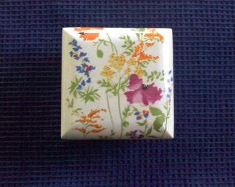 Vintage Ceramic jewelry box, jewelry box, flower box, painted box, made in japan ceramic box