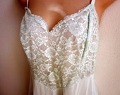 Vintage Full Slip pale mint green lace bodice nylon nightgown 36 bust