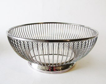 Gorham Wire Silver Plate Basket, Mod Fruit Basket, Bread Tray, Hollywood Regency, Round Wire Basket, Silver Wedding Decor