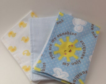 Burp Cloths / Set of 3 Double thickness flannel: You are My Sunshine, Rubber Ducks