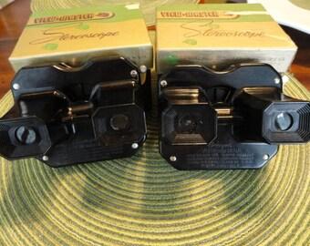B847)  Vintage Model C Bakelite Sawyer's Viewmaster with box