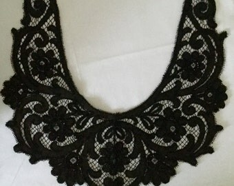 French vintage Collar Handmade glass beads in jet black, embroidered lace 1910