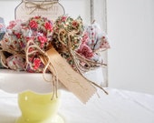 Set of 100 - Wedding Party Gifts, Flower Seeds Favor, Floral seed packets wedding guest favors, Plantable favors, shabby chic fall wedding