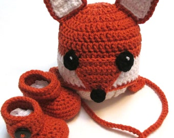 Baby fall fox hat and booties set.  Made to order fall photography prop, baby fox Halloween costume, hat and booties, ear flap hat.