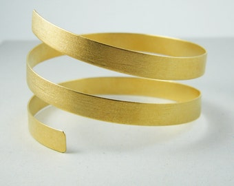 Handmade gold bangle Elegant wide bangle swirl bangle
