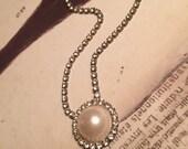 "Vintage Large Pearl /Rhinestone  Costume gorgeous Necklace  8.5"""