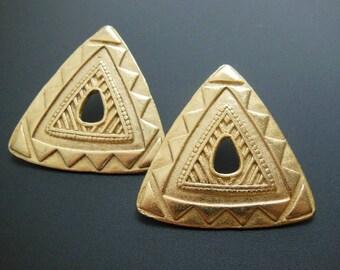 Vintage Retro 80s 90s Gold Metal Tribal Patterned Triangle Pierced Earrings
