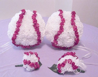 Baseball Theme Wedding Flower Balls / Set of 4 /  Bridesmaid / Corsage / Boutonniere / Brides Bouquet