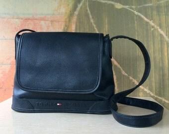 TOMMY HILFIGER )( Vintage 90s Shoulder Bag )( Black Leather )( Rubber Details