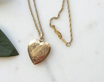 Locket necklace / 1930s Vintage gold heart locket / Floral and Geometric etched 12K GF / photograph jewelry / Midnight Dance