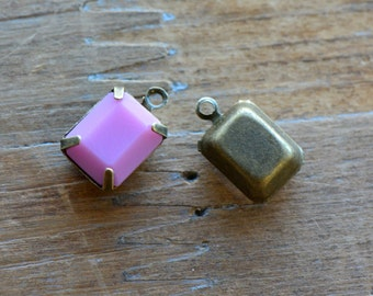 4 - Small Rectangle Jewel Charms DUSTY ROSE pink Drop Gem Rectangle 8x10mm Brass Claw Setting Charm or Link Gold Antique Bronze Silver