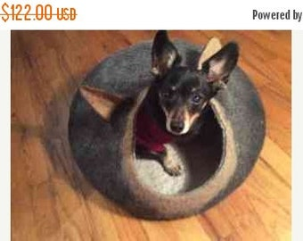 SALE Pet bed READY TO Ship - small dog bed - pet gift