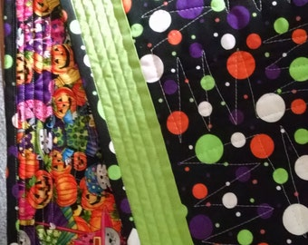Halloween Table Runner Quilt modern Dots Circles green orange October  zig zag