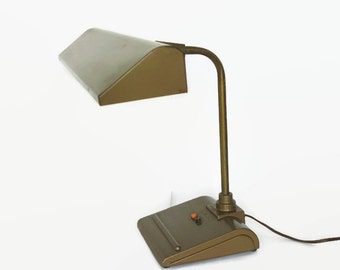 Mid Century Industrial Desk Lamp,  Retro Art Specialty Light Sightmaster, Vintage Office Light, Retro Brown Metal Task Lamp