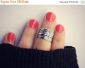 FALL SALE silver feather knuckle ring , midi ring, silver midi ring, chevron knuckle ring, stacking rings, ring, chevron feather ring
