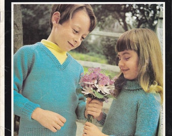 Villawool Designs for Children Knitting Pattern No 205  Vintage 1970s - Child's Raglan Style Sweater Sizes 22 to 26 inch
