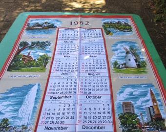 Tea Towel Vintage Calendar Souvenir of  Australia. 1982.