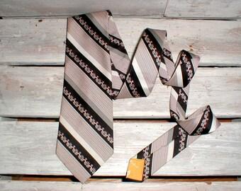 Handsome Black Red & White Polyester Necktie *Cravats By Tonino Firenze* Vintage Mod Tie *Madmen*