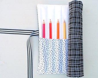 Black and White Pencil Roll - Holds 12 Pencils / Crayons / Brushes / Pens / Hooks