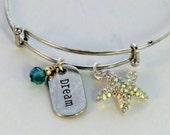 SALE! Emerald green rhinestone starfish charm adjustable bangle bracelet, Dream charm stackable ocean theme bracelet, green silver seashore