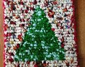 Festive Table Mat, Christmas Pot Holder, 7.5 x 7 Inch Primitive Christmas Tree, Table Decor