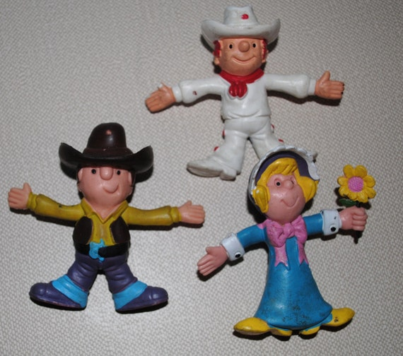 Dairy Queen Toys : Three vintage dairy queen poseable bendable toys