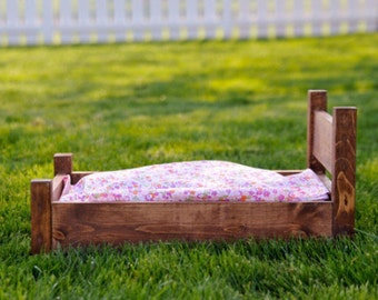 SALE Vintage Newborn bed - Photography Prop