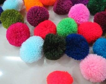 100 pom pom , mixed colors, handmade cotton  pompom, Beautiful Mixed Colours