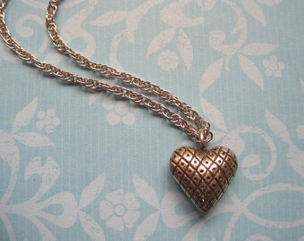 90s Heart Necklace Silver Tone on Chain Grid Pattern Grunge Romantic Style