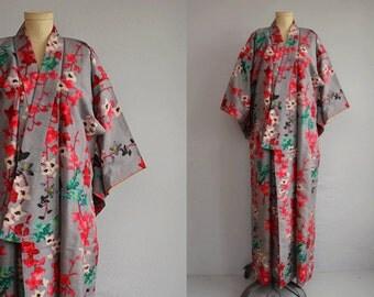 Vintage Silk Kimono / Hand Stitched Floral Cherry Blossom Ikat Print Plaid / Geisha Robe Made in Japan
