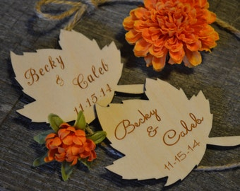 Personalized Leaf Wedding Favors, Wood Leaves Autumn Wedding, Fall Wedding Favors, Personalized Leaf Favors, Reception Table Decorations