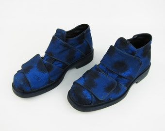 KENZO RUNWAY  Printed Canvas Velcro Closure Shoes